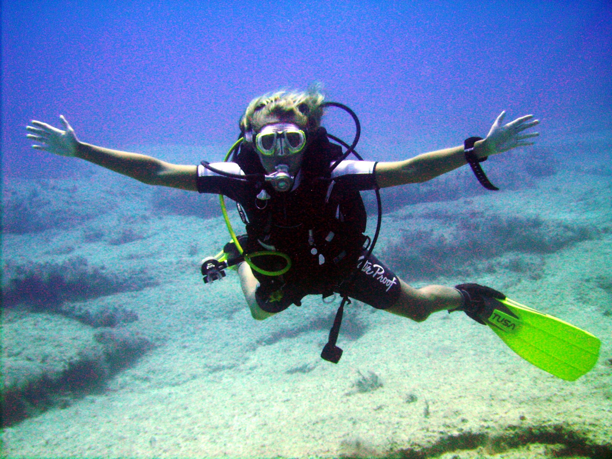 Fun diver,, diving, warm water, happy, PADI Go Pro