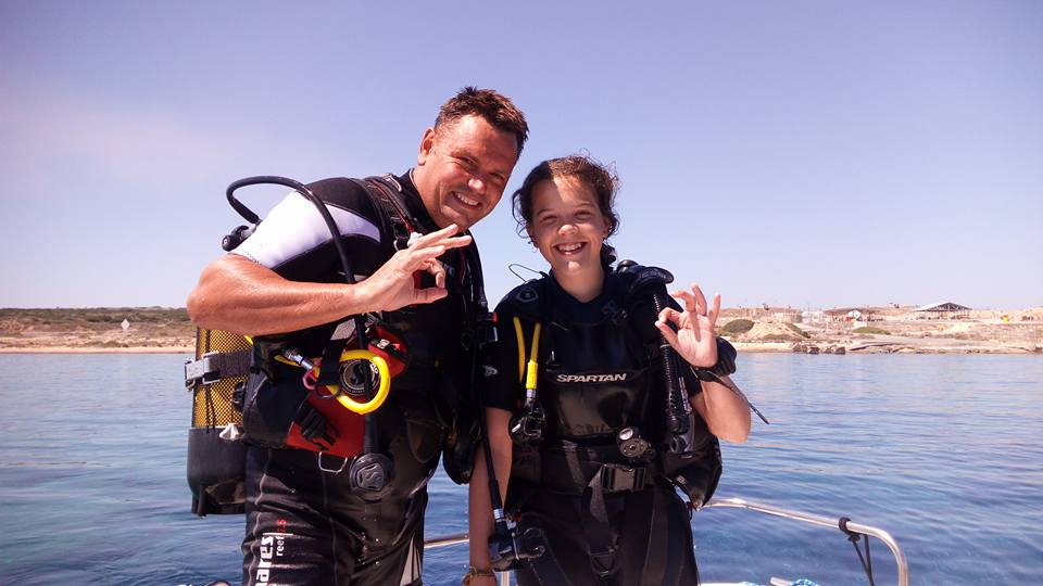 Ready to dive, ok, signal, PADI Go Pro, PADI Recreational Courses