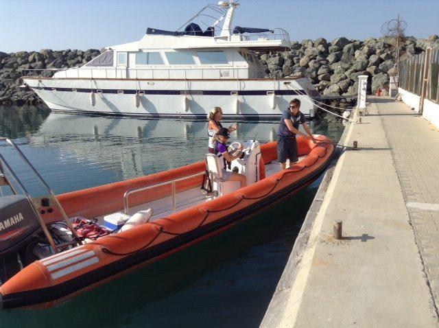 RYA, powerboat, coming alongside, RYA Powerboating Courses, warps