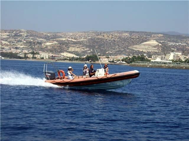 RYA Powerboat, Planing, RYA Powerboating Courses, marina wall, sea spray