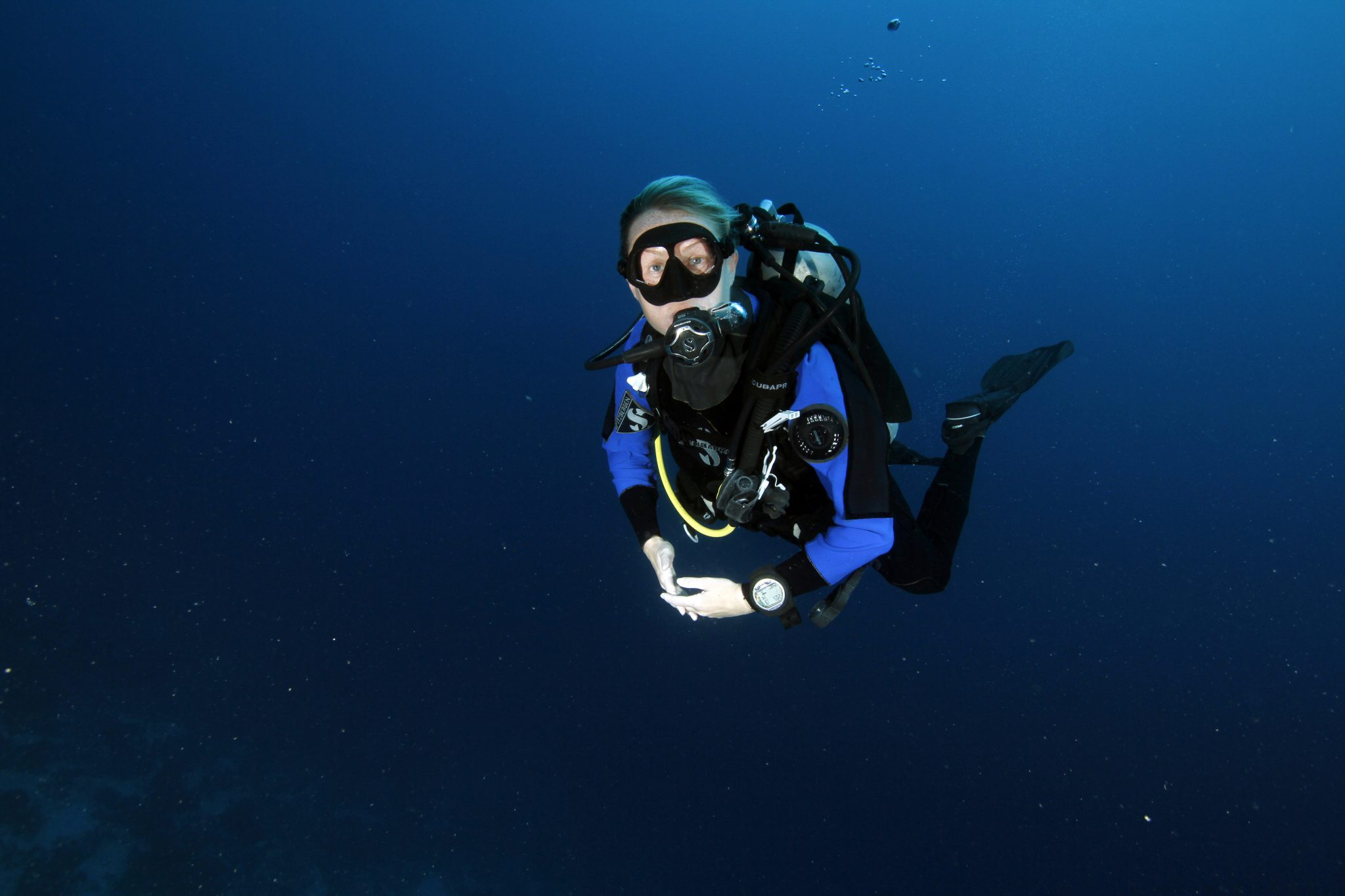 dry suit, deep diver, blue, clear, PADI Specialty