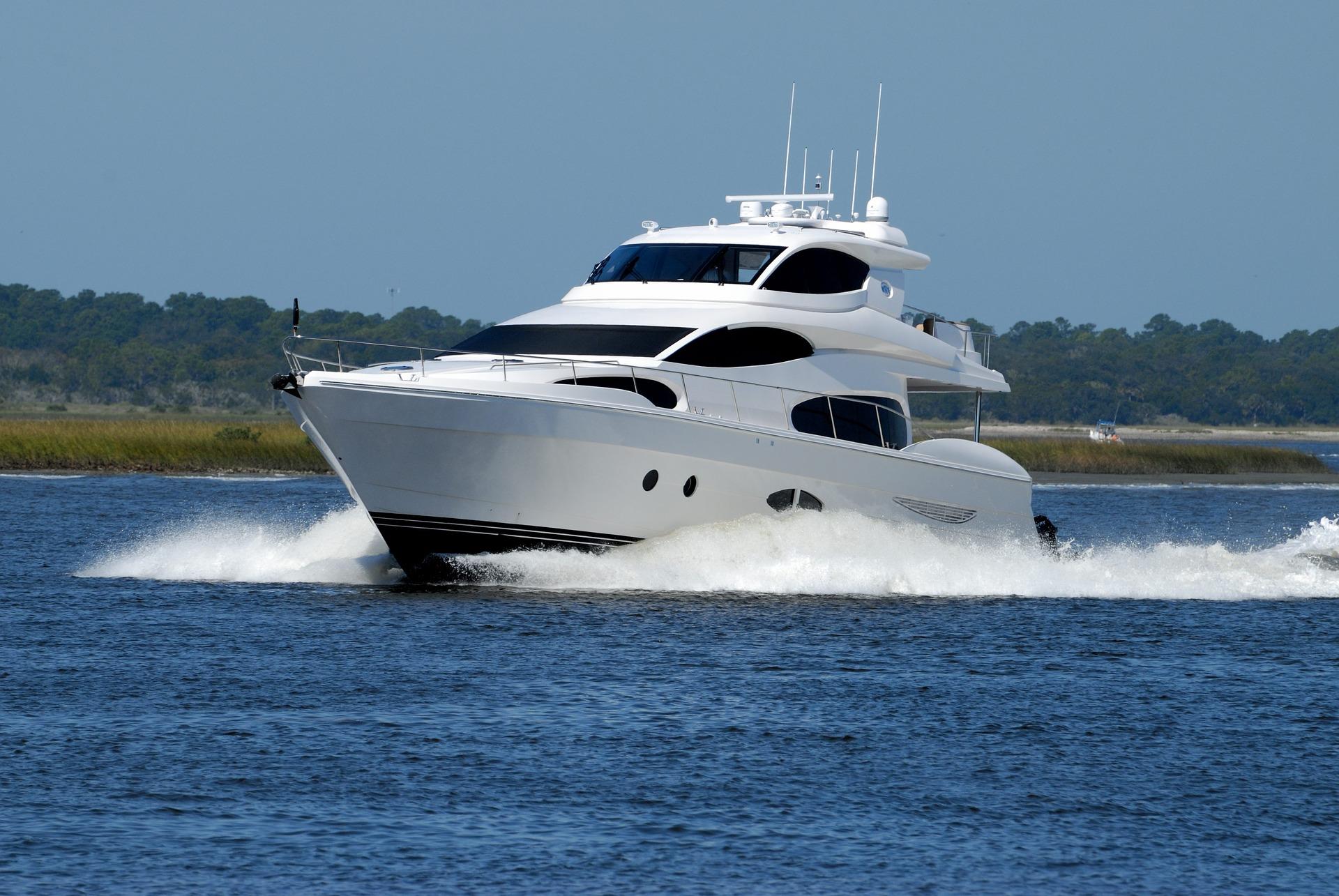 boat chartering, luxury yacht, charter, sea